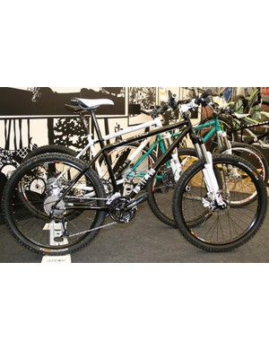 Saracen Kili CR-MO with Rock Shox Tora forks, Quad brakes and Deore shifting
