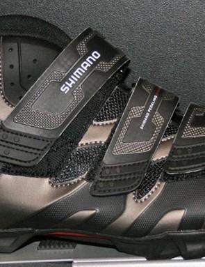 AM51 shoe
