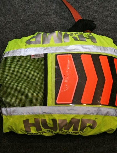High-viz Hump with battery-operated rotating chevrons