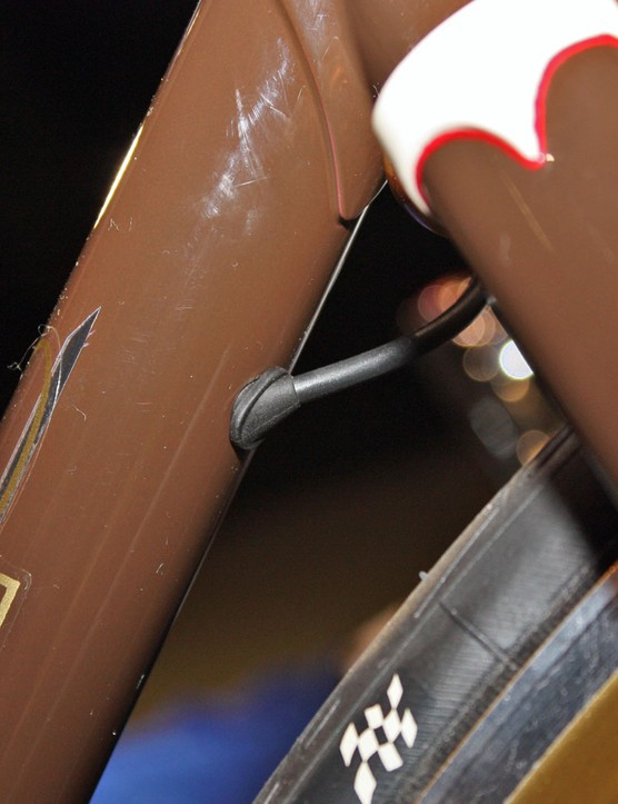 We can expect to see more of this type of routing in the future as Di2 continues to gain acceptance among small builders