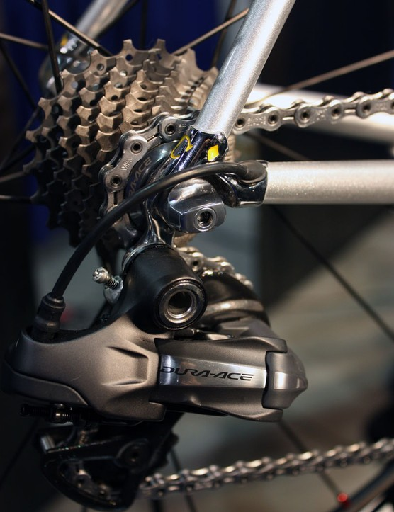 The rear derailleur wire exits just ahead of the chromed dropout