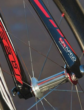The Bayonet 2 fork is super aero and surprisingly practical, while red bearing covers on the Zipp wheels denote quality
