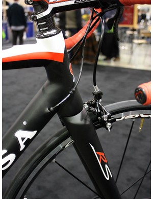 Customers can opt for straight or tapered head tubes