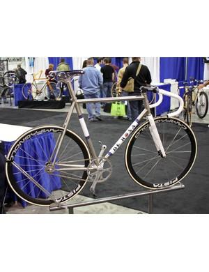 Troy Henderson of US De Rosa importers Trialtir says this is Doriano De Rosa's personal track bike