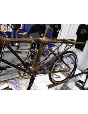A rear rack is integrated right into the structure