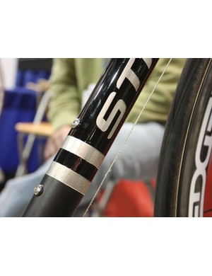 Strong's down tube logo shows off the underlying material