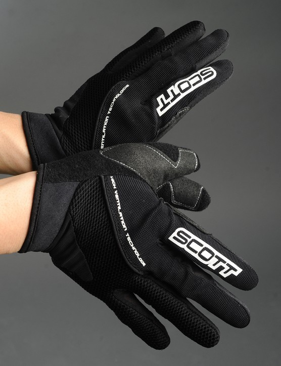 The more highly ventilated Scott XC gloves use a meshier back and a more minimal palm with no padding