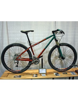Shamrock Cycles included this 'Team Issue' 650b bike in their booth at this year's NAHBS