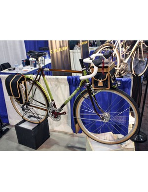 Yipsan showed off this beautiful randonneur bike
