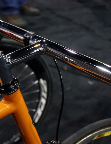 Show organizer Don Walker apparently doesn't feel the need for grips or tape on the bars of his personal fixie.