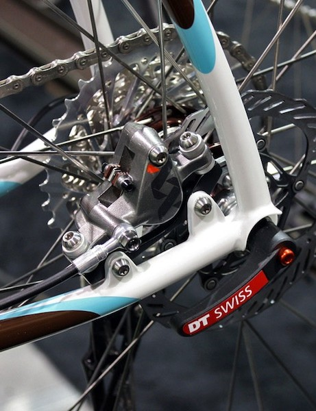 Retrotec has long preferred mounting the disc brake in between the stays.