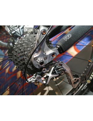 Shimano XTR M980 cassette and Shadow rear mech prototypes