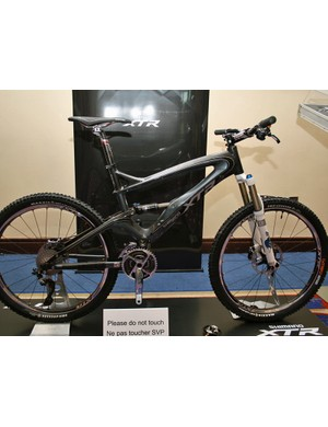 Bike equipped with full prototype Shimano XTR M980