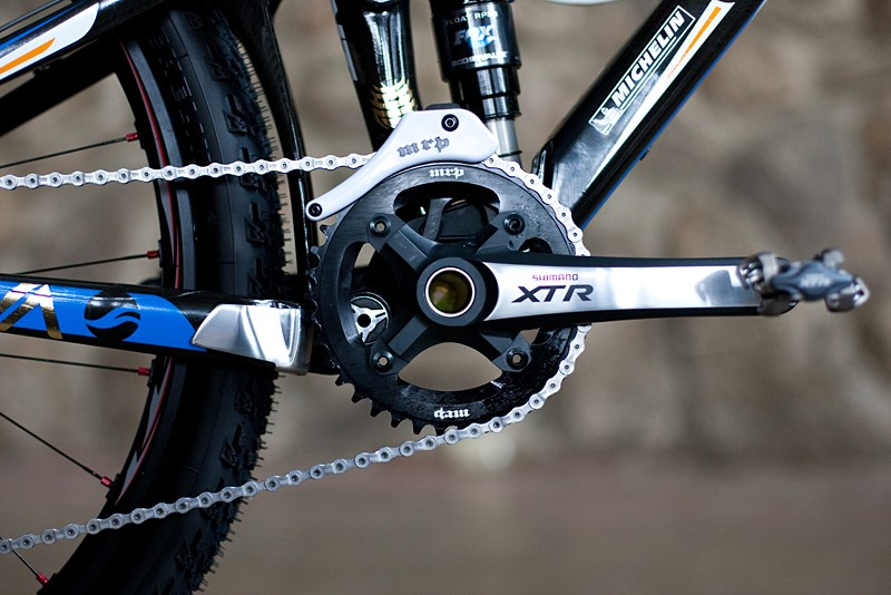 Craig runs a single front chainring which means no need to shift a front derailleur. He uses an MRP chainguide to keep it all in line