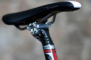 Fizik provide the Tundra saddle while PRO handle the seapost with their carbon fibre XCR