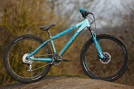 Giant's standout STP is an agile yet surefooted trail bomb