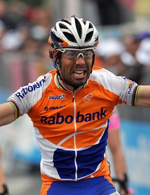 Oscar Freire won his third Milan-San Remo on Saturday