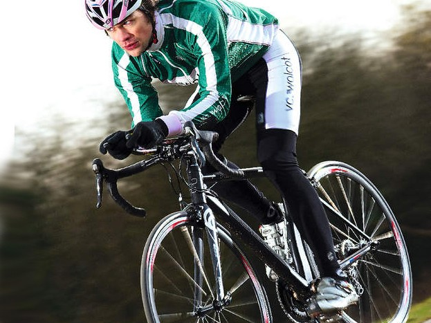 Overall feel is crisp and precise,    encouraging you to keep tapping    out the tempo all day – but be    aware of torn-up Tarmac