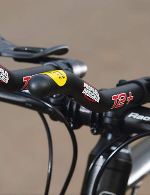 We found the Cube Aerium Pro's T2 clip-on bars were comfortable and super-adjustable