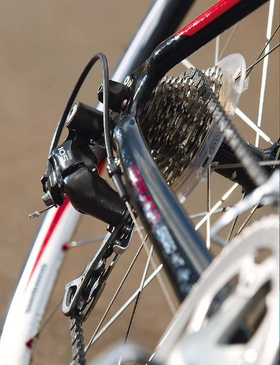 Non-groupset Shimano chainset and 105 gears work very smoothly through proper extension-tip Shimano shifters