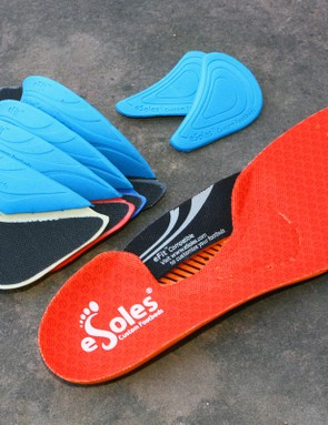 The included eSoles eFit footbed can be customized to suit your personal anatomy but you have to buy a separate add-on kit to get the alternate-fit pieces