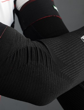 Giordana's FR-C Seamless Arm Warmers aren't really entirely seamless but they are definitely exceptionally comfortable and truly fit like a second skin