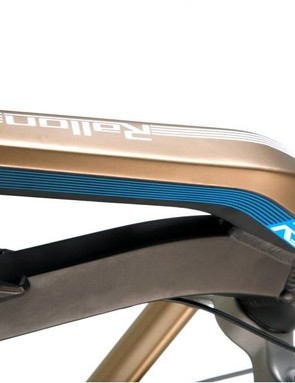 Orbea's Rallon line is based on a extensively hydroformed Tricone aluminium frame.
