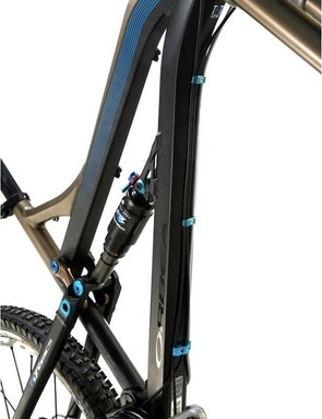 Cables are downtube routed in what Orbea calls the 'Downtube Cable Highway'.