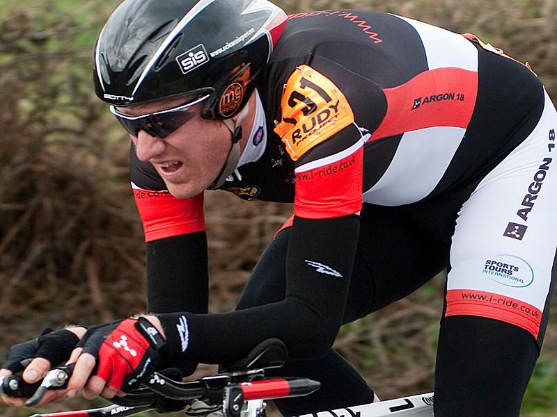 Matt Bottrill wins opening round of Rudy Project series
