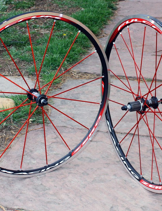 The Racing Zero is Fulcrum's top alloy road tubular wheelset