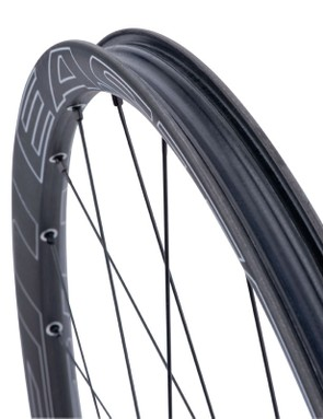 Easton says the carbon-HMPE fiber blend and special MRES-B rubberized resins used in the Haven Carbon rim give it unprecedented impact toughness