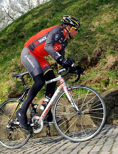 Lance Armstrong recons the Muur van Geraardsbergen on his Trek Madone before the Tour of Flanders