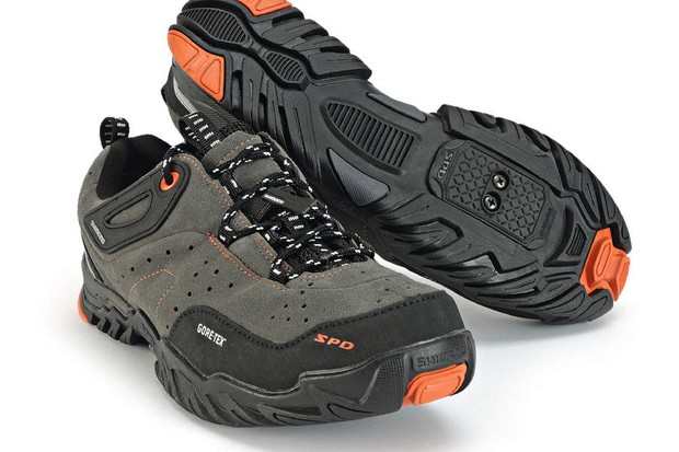 Shimano MT60 shoes