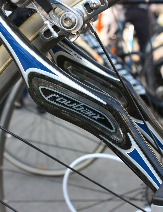 Compared to the current Specialized Roubaix SL2, the Zertz elastomeric inserts on the Project Black are absolutely huge
