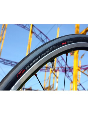 Specialized say their new Turbo TL Road Tubeless-compatible tyre weighs 295g in a 700x23c size