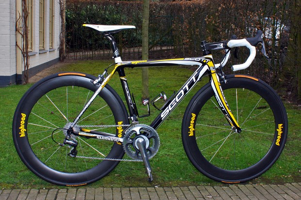 Mark Cavendish (HTC-Columbia) raced his first Tour of Flanders about a modified Scott Addict.