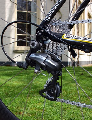 Cavendish's Dura-Ace rear derailleur is bolted to a team-only non-replaceable hanger.