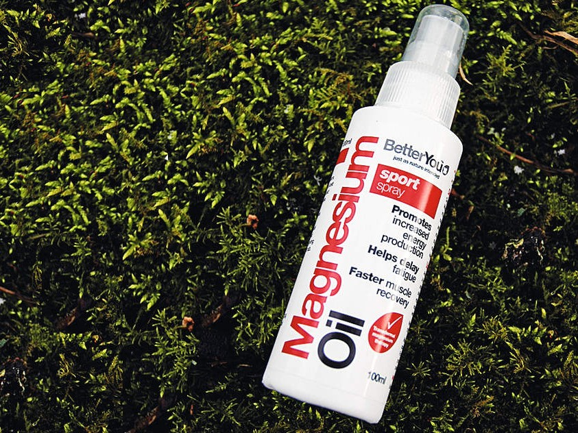Magnesium oil sports spray
