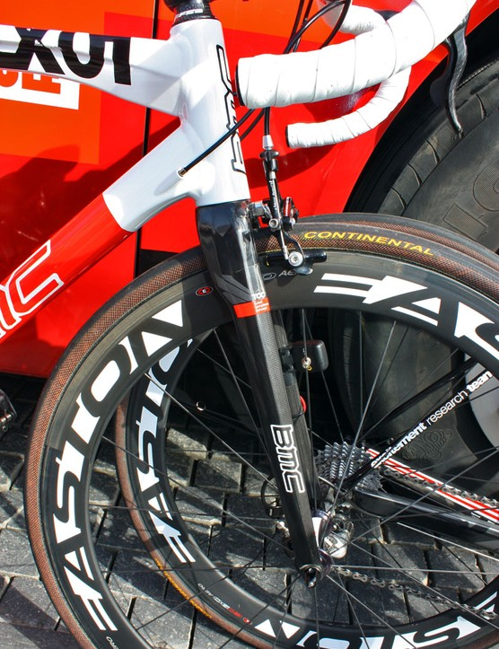 Michael Schär's custom frame borrows its fork from BMC's SLR01 and includes a tapered steerer tube, further emphasising that the bike isn't a standard SLX01