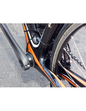 This Euskaltel-Euskadi Orbea Orca uses adapter cups (presumably from Wheels Manufacturing) to fit the Shimano Dura-Ace cranks inside the BB30 shell