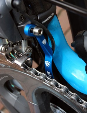 AceCo has provided Team Sky with its K-Edge chain watchers complete with custom team-only graphics.