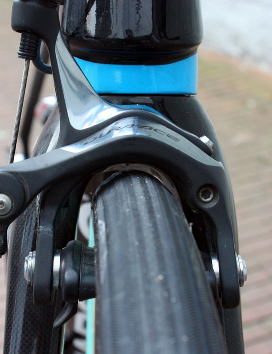 Pinarello says the new KOBH will accept 28mm-wide tires but just barely - there's not much room beneath the fork crown.