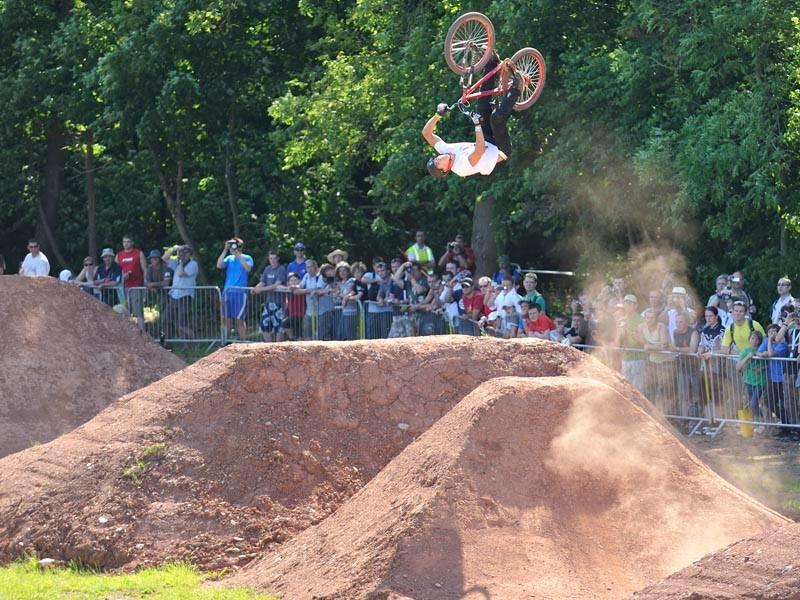 BikeRadar Live 2010 to host King of Dirt jump comp