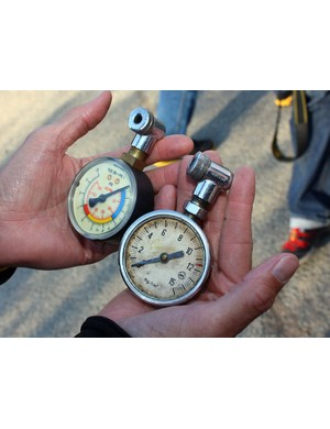 These pressure gauges have followed Devries from team to team and according to him, still work perfectly.