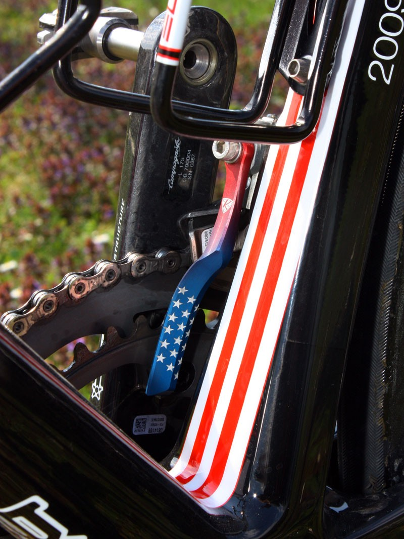 Hincapie's bike is fitted with an AceCo K-Edge chain watcher complete with custom graphics for the US champion.