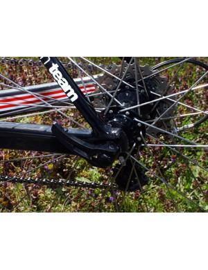 Hincapie's SLR01 features carbon fibre dropouts.