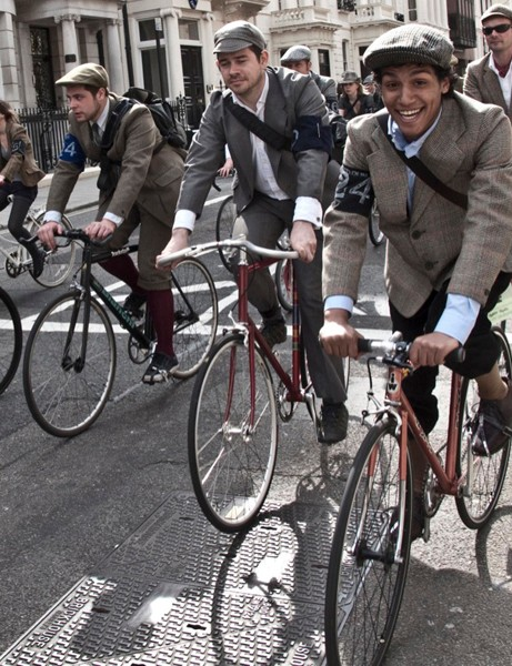 Riders kitted themselves out in 1920s and '30s gear for the second Tweed Run