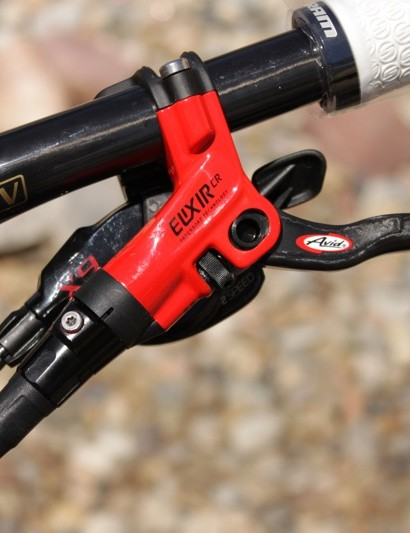 Avid's Elixir CR brake in the red X9 colour way.
