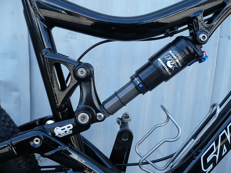 The rear suspension, featuring the APP link and Fox Float RP23 shock