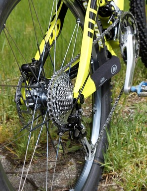 We rode Shimano's new Dyna-Sys 30-speed drivetrain on the HD.